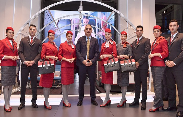 Turkish Airlines presents new cabin uniforms at acclaimed fashion show at ITB Berlin (4)_1