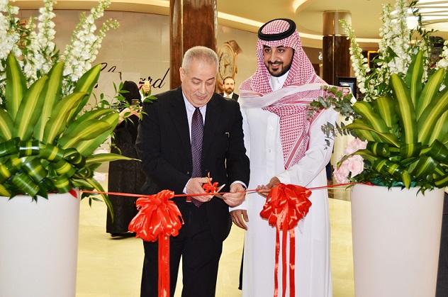 Mr.Shawky AlNassr GM on left and Mr.Khalid AlNashar important client on right