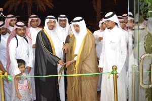 سعادة معالي المهندس مساعد السليم و مدير عام اوتوستار السيد عبدالله البطحي
