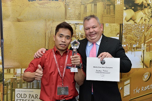 The winner Jonathan Kahano and Andy Marshall, Managing Director of Costa's International Franchisee Network