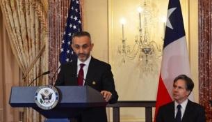 mazen-dalati-coo-ge-saudi-arabia-bahrain-with-tony-blinken-us-deputy-secretary-of-state-looking-on