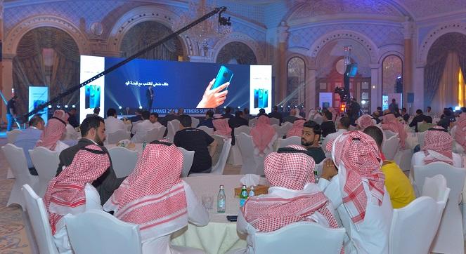 حفل تكريم شركاء هواوي في فندق الريتز كارلتون في مدينة الرياض