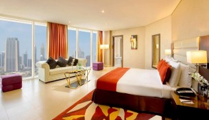 m-hotel-downtown-by-millennium-corner-suite-resized-