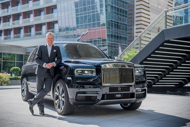 _Torsten Müller-Ötvös, Chief Executive Officer, Rolls-Royce Motor Cars with Rolls-Royce Cullinan