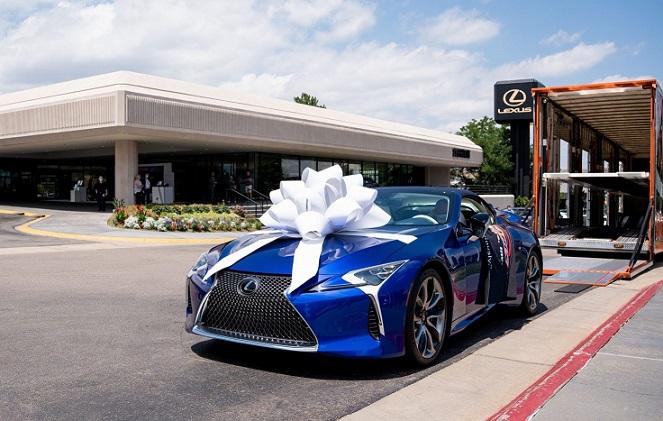 2021_Lexus_LC_500_Convertible_Barrett-Jackson_Auction_003-1500x1001